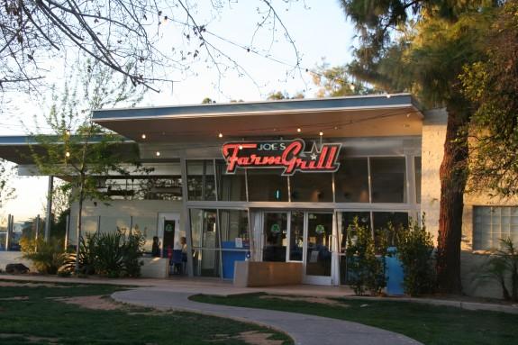 Joes Farm Grill